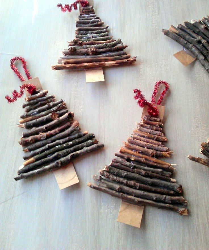 CHARMING CHRISTMAS TREE DECORATING16