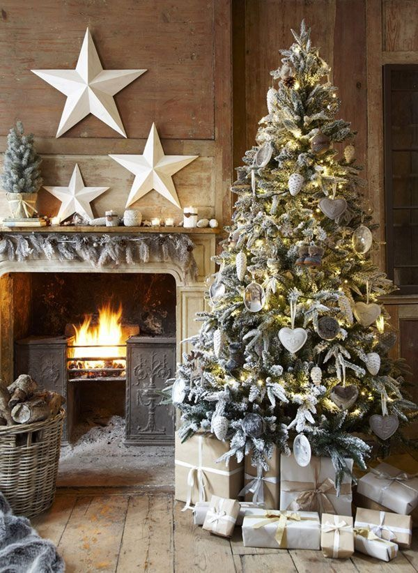 CHARMING CHRISTMAS TREE DECORATING6