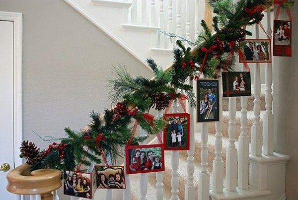 Christmas Staircase Decorations25