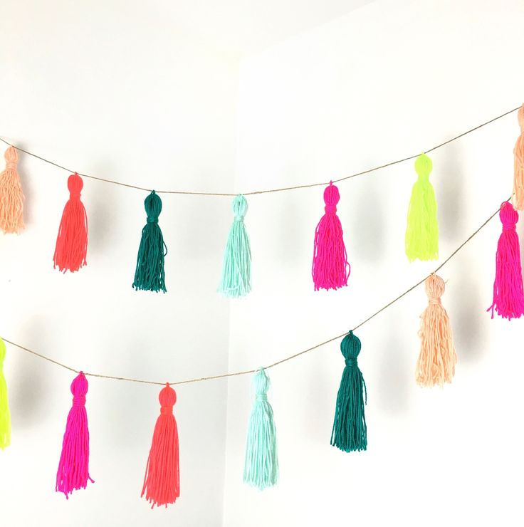 Pom Pom Garlands for Christmas17