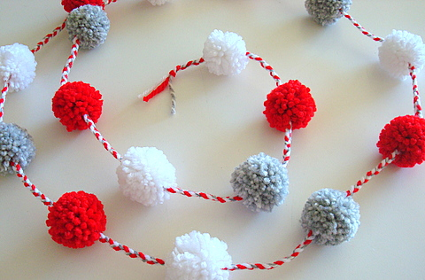 pom pom garlands for christmas3