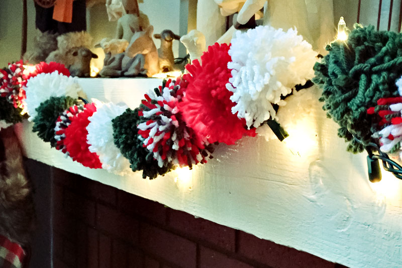 Pom Pom Garlands for Christmas9