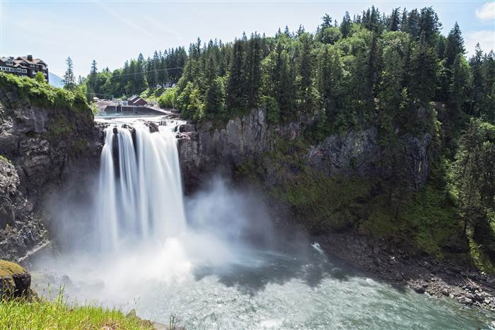 Best usa waterfalls to visit this holiday 17