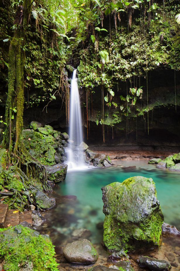 Best usa waterfalls to visit this holiday 25