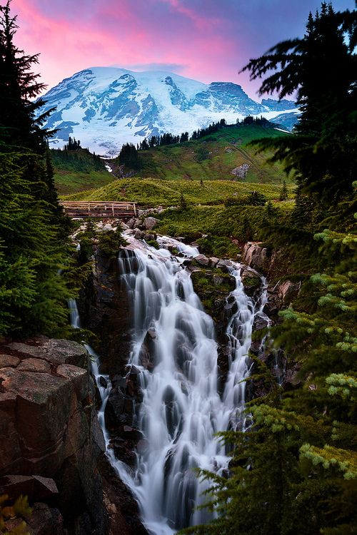 Best usa waterfalls to visit this holiday 37