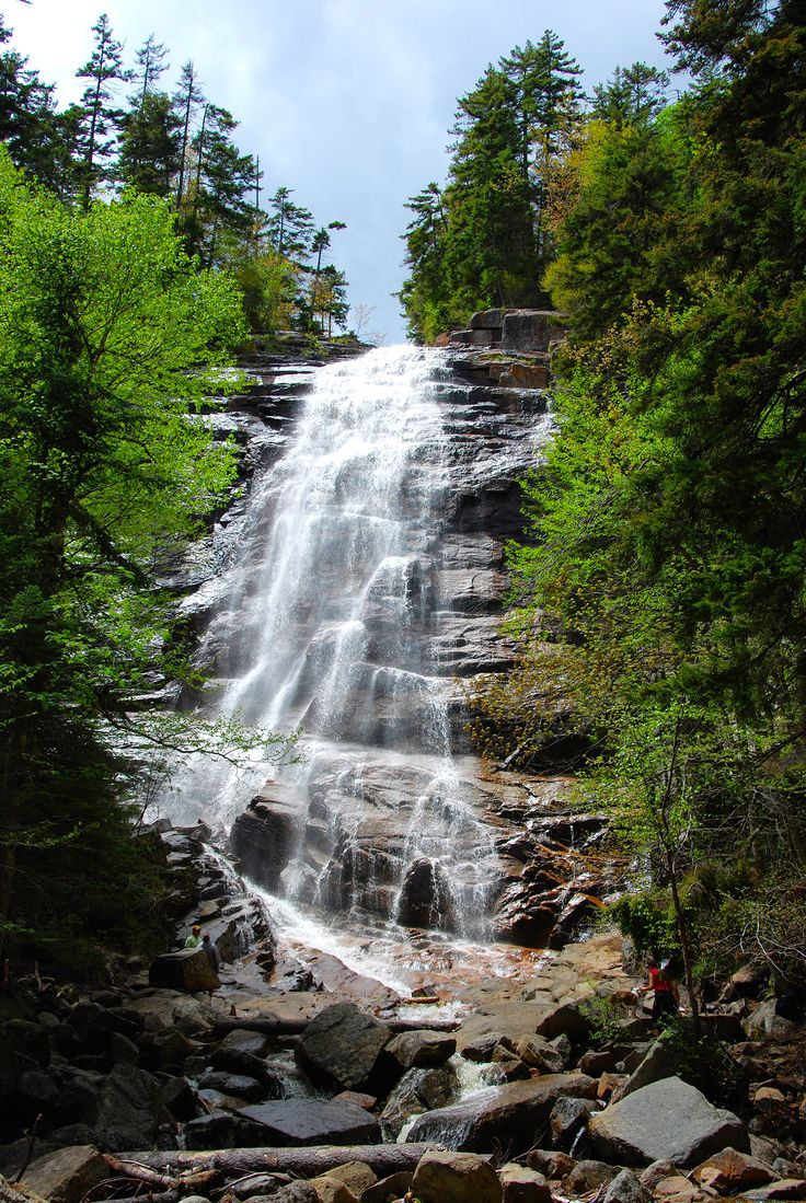 Best usa waterfalls to visit this holiday 39