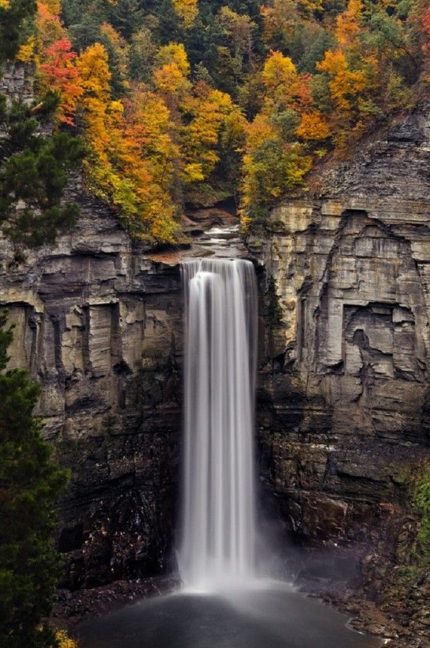 Best usa waterfalls to visit this holiday 4