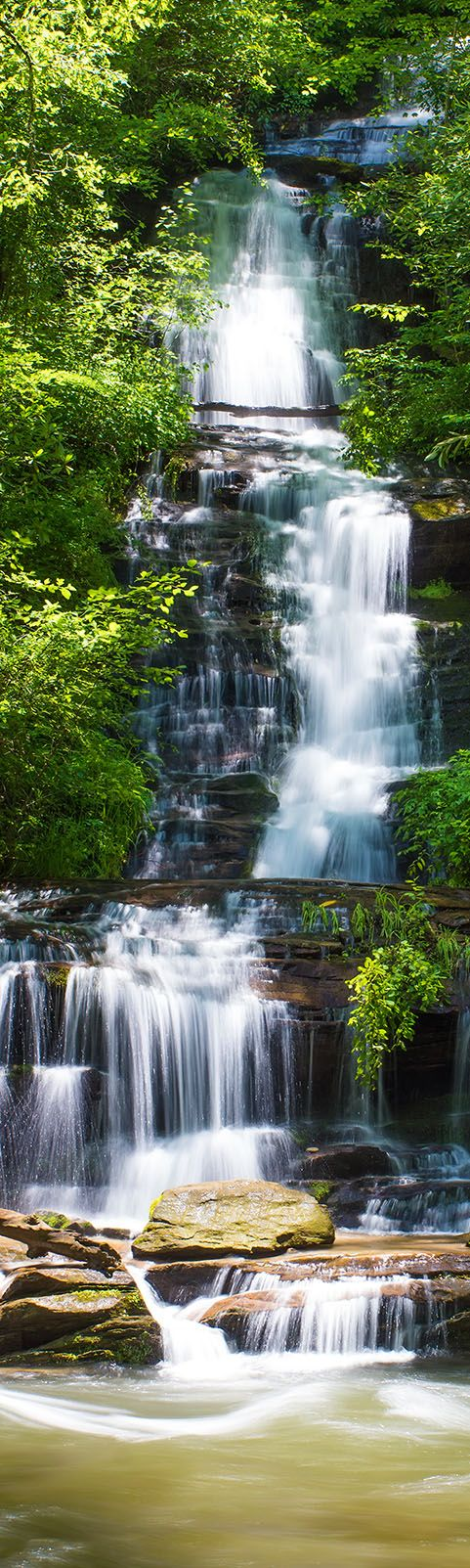 Best usa waterfalls to visit this holiday 9