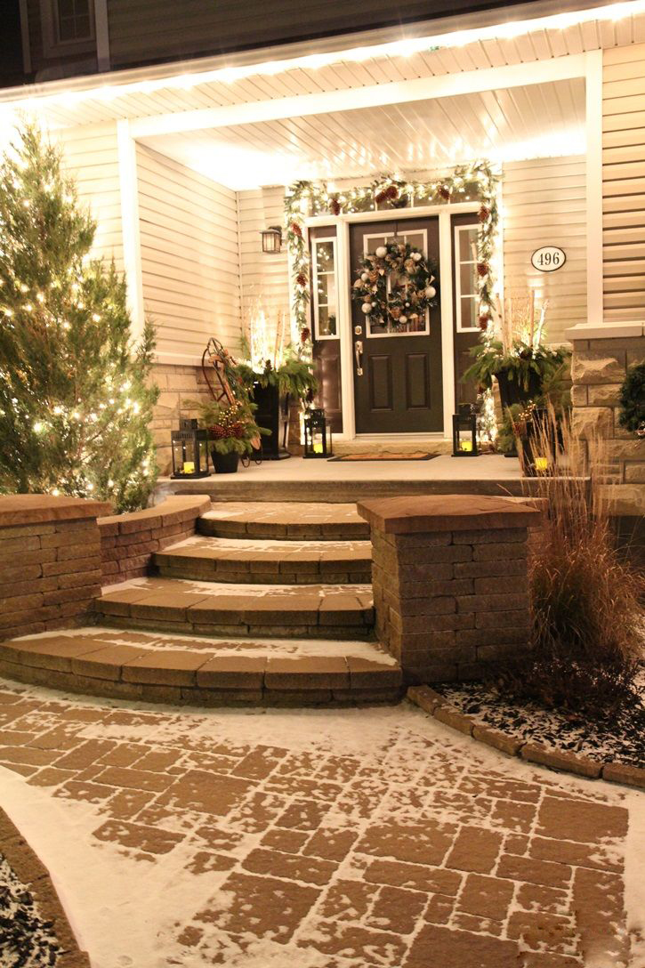 CHRISTMAS FRONT PORCH DECORATIONS16