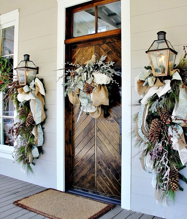 CHRISTMAS FRONT PORCH DECORATIONS2
