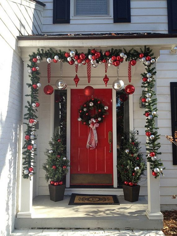 CHRISTMAS FRONT PORCH DECORATIONS8