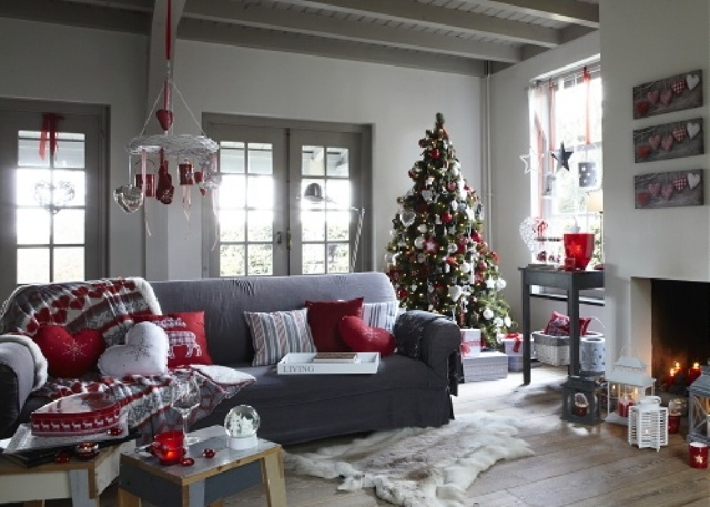 Christmas living Room15