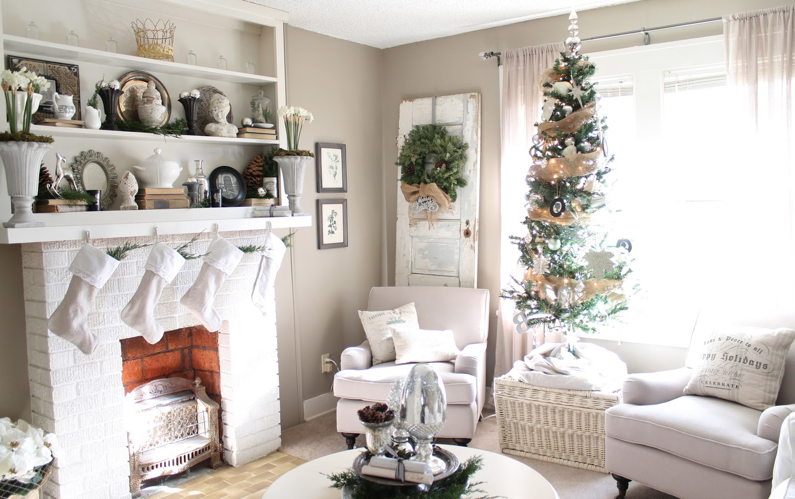 Christmas living Room7