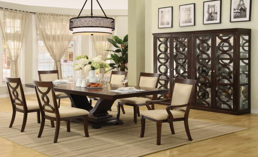 Dining Table For Christmas12