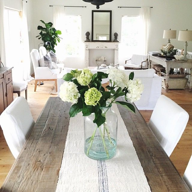 Dining Table For Christmas17