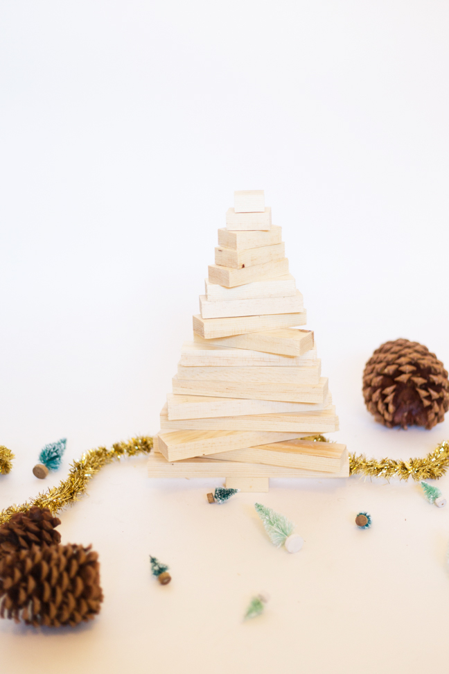 Modern Wooden Christmas Trees12