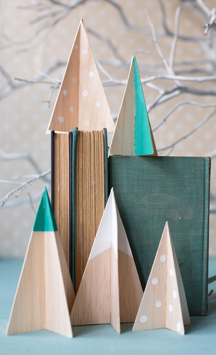 Modern Wooden Christmas Trees20