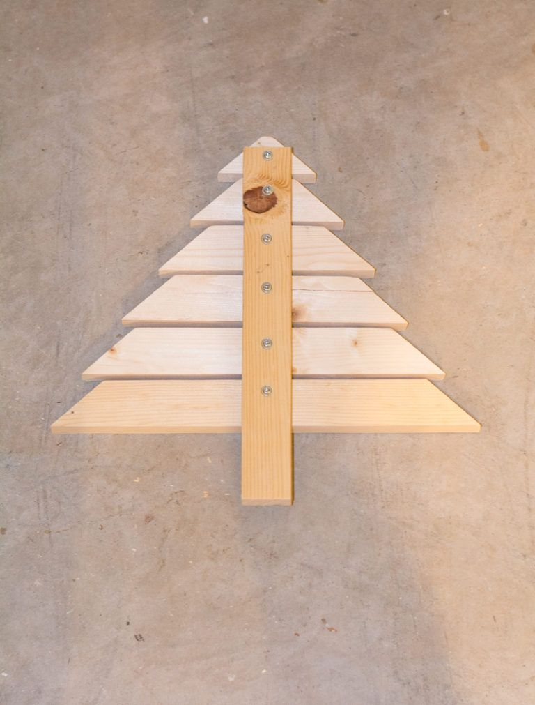 Modern Wooden Christmas Trees23
