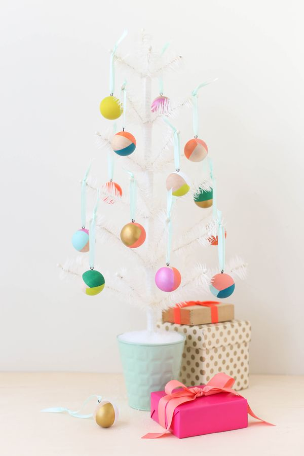 Modern Wooden Christmas Trees38