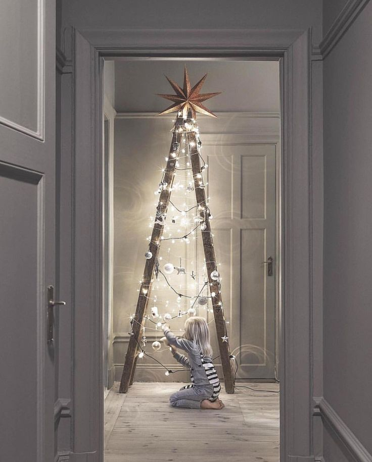 Modern Wooden Christmas Trees40
