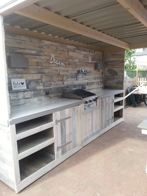 Outdoor Kitchen Made From Pallets