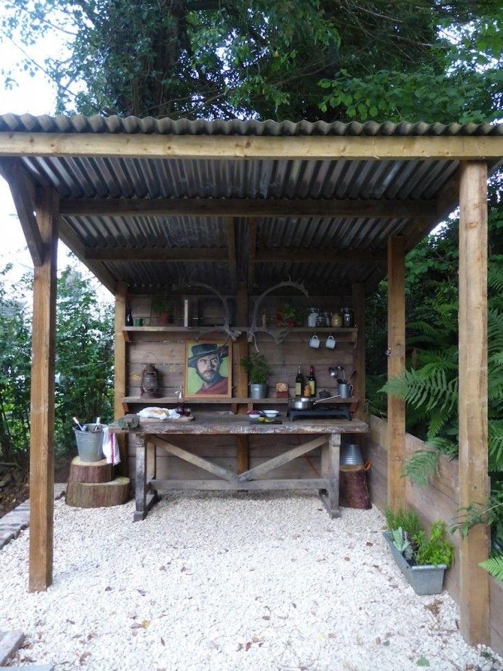 Rustic Outdoor Kitchen Bars