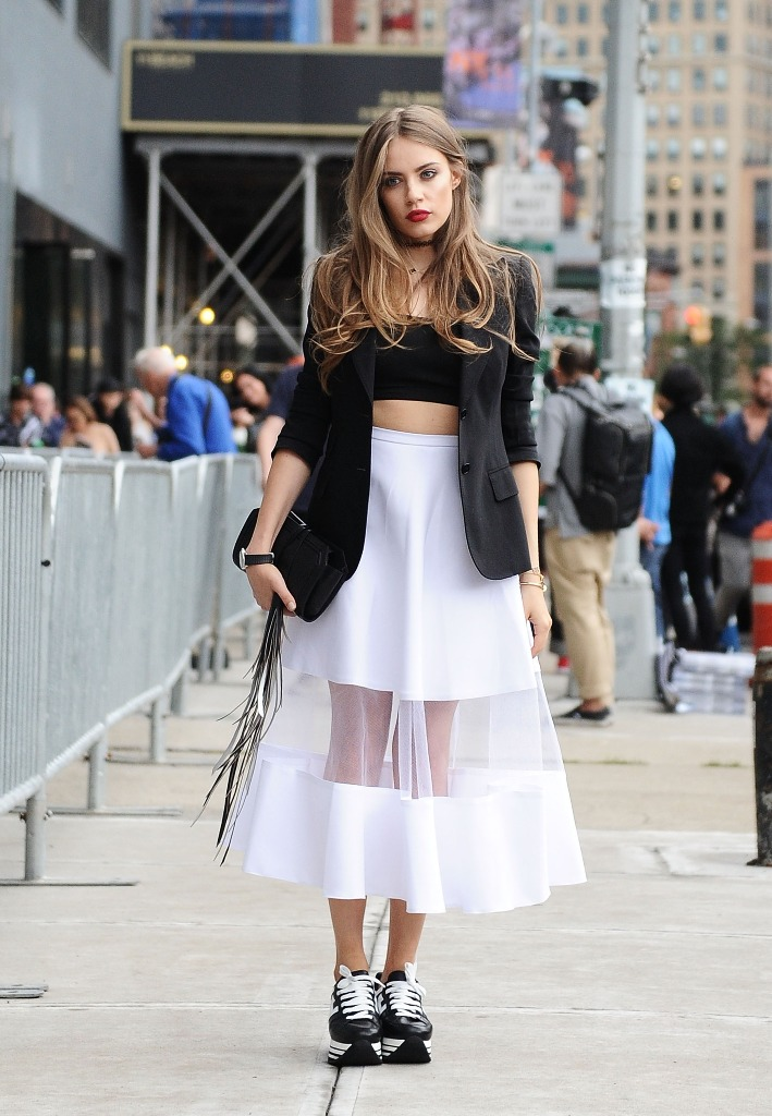 Coolest street fashion trends 37