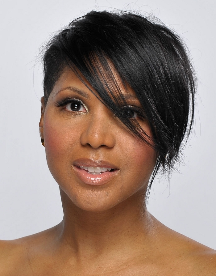 Stunning short hairstyles for gorgeous women 15