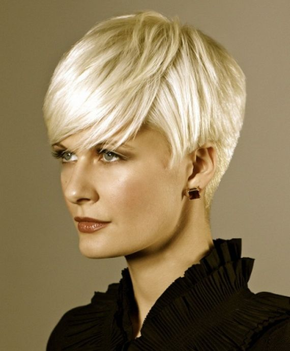 Stunning short hairstyles for gorgeous women 2