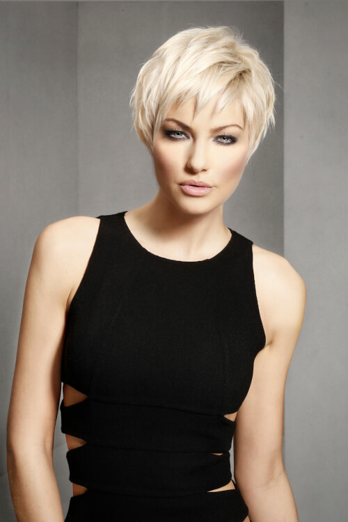 Stunning short hairstyles for gorgeous women 27
