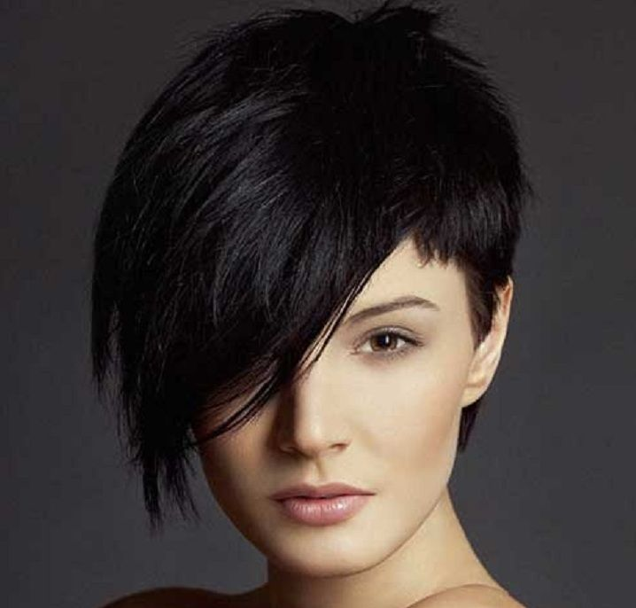 Stunning short hairstyles for gorgeous women