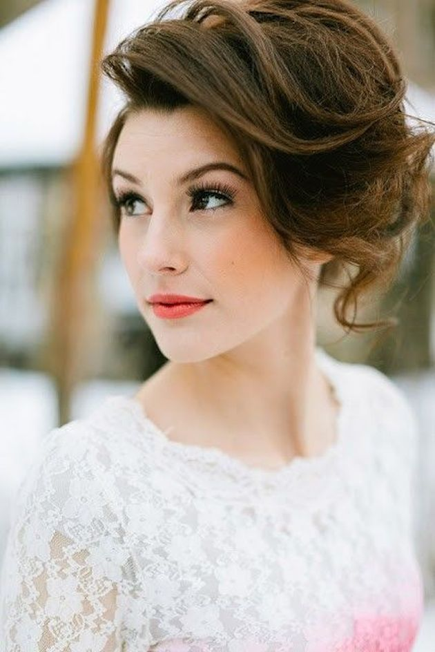 Gorgeous hairstyles for short hair 24