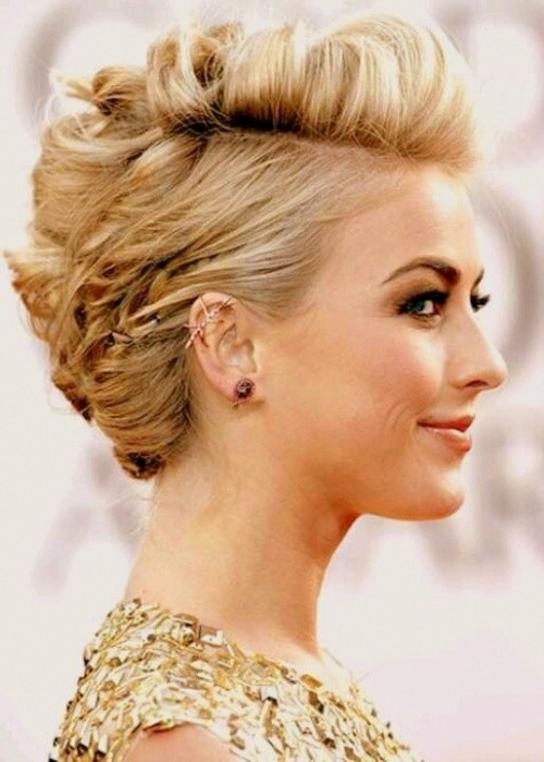 Gorgeous hairstyles for short hair 54