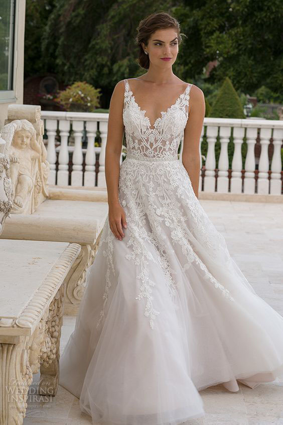 Gorgeous lace wedding dresses 14