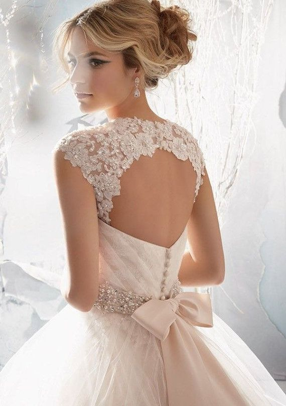 Gorgeous lace wedding dresses 18
