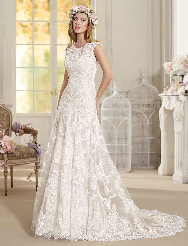 Gorgeous lace wedding dresses 27