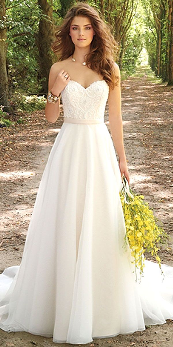 Amazing casual wedding dresses ideas 1