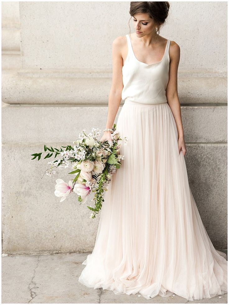 Amazing casual wedding dresses ideas 8