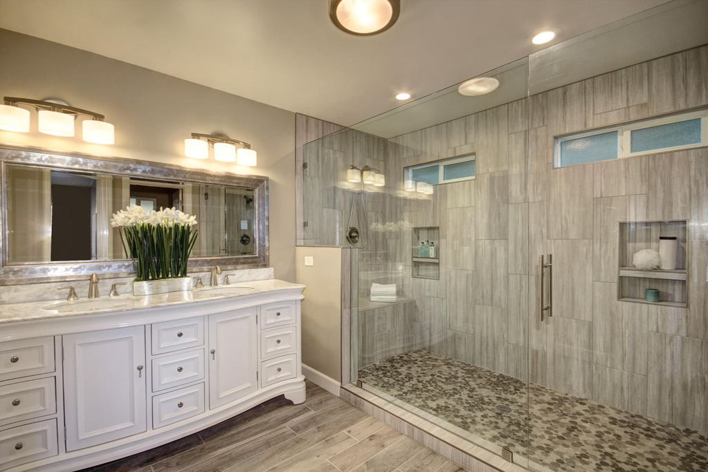 Amazing master bathroom ideas 1