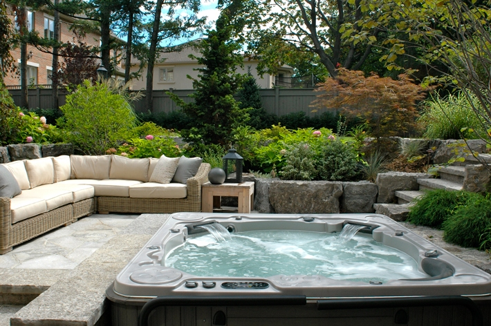 Awesome hot tubs for relaxation 10