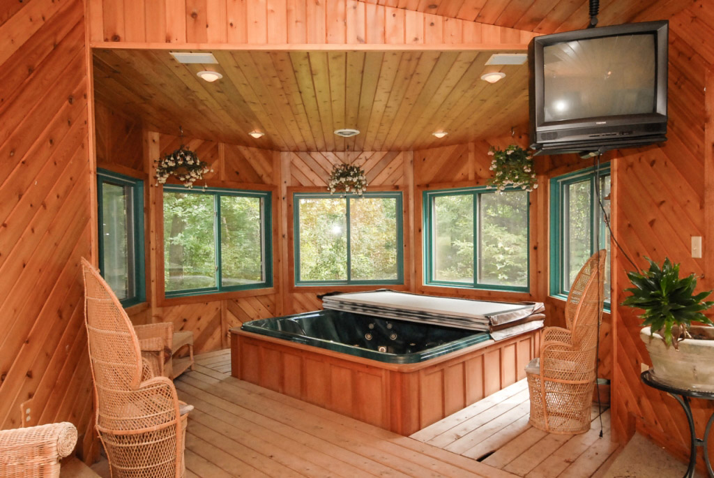 Awesome hot tubs for relaxation 14