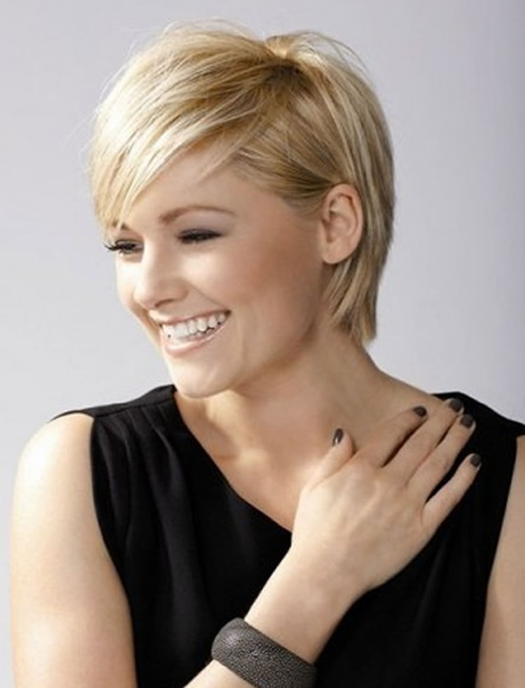 Beautiful Blonde Hair Color Pixie Haircuts for Spring Summer 2017-2018