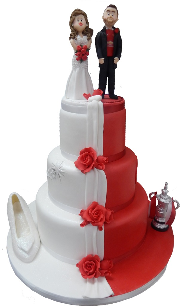 half and football wedding cake 25 beautiful wedding cake ideas 15038