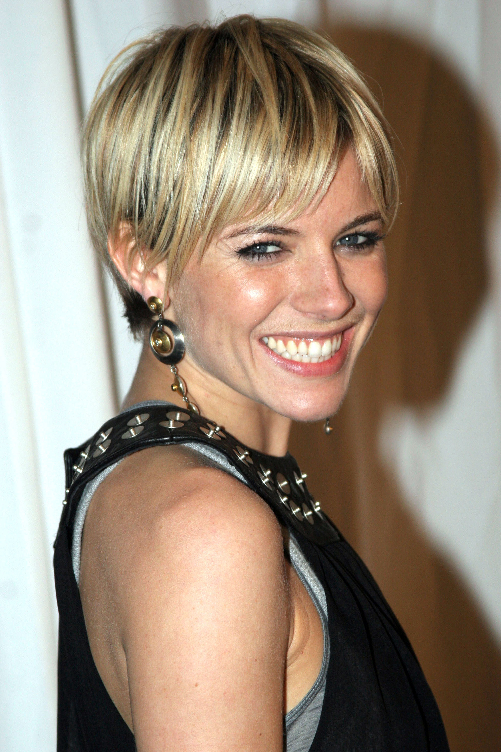 Hottest short haircuts for 2018 21