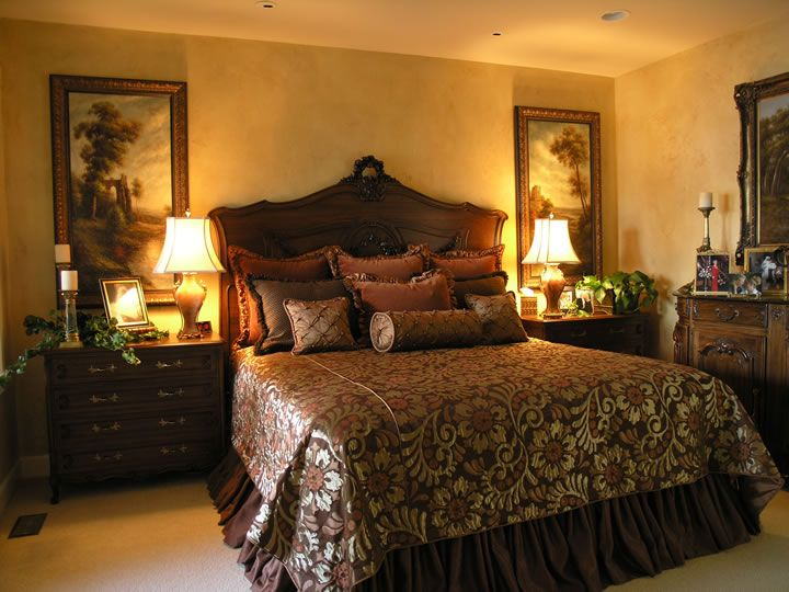 Best traditional bedroom designs 21