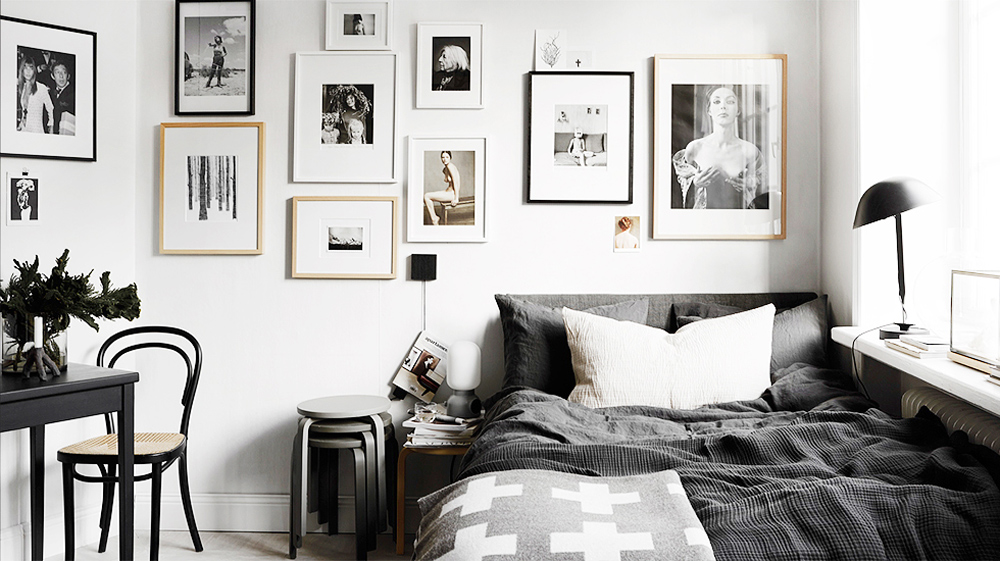 Black and white bedroom ideas 12