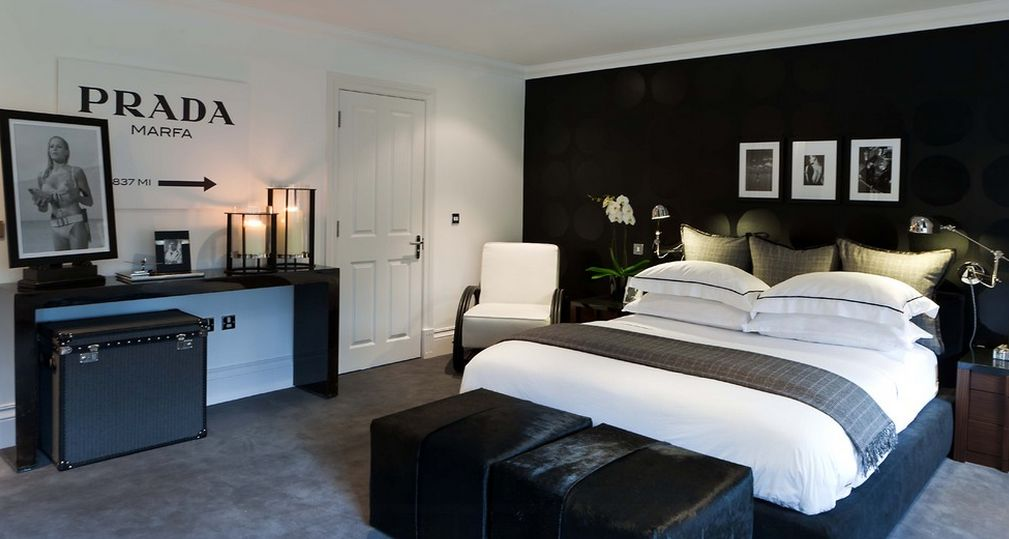 Black and white bedroom ideas 3
