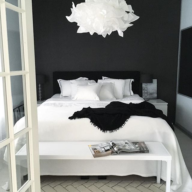 Black and white bedroom ideas 9