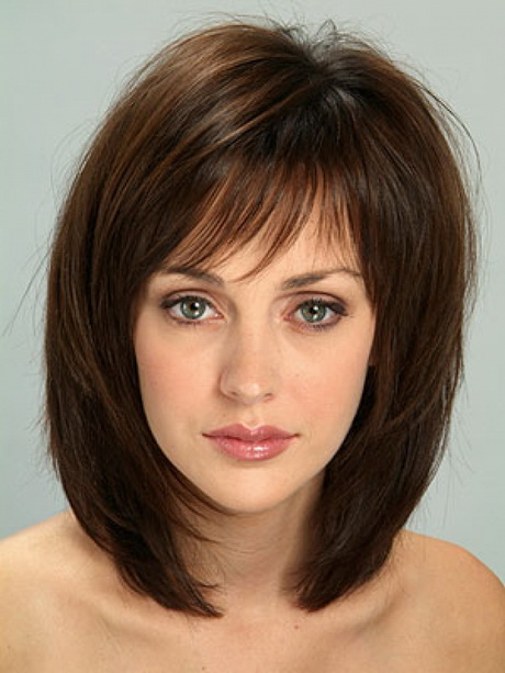 Classic medium length haircuts 22