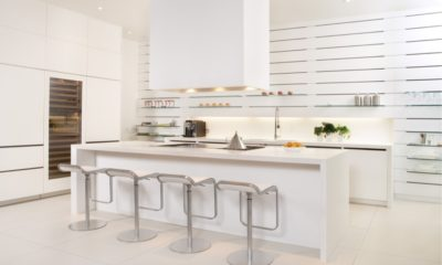 31 White Kitchen Open Shelves